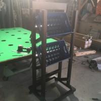 アルミで作った牛乳瓶ケースの台