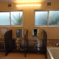 民宿の2部屋のお風呂を1つのお風呂にリフォームして来ました。